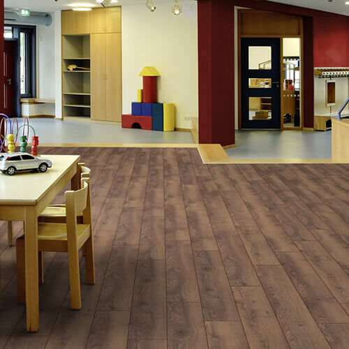D4726_Mountain_Oak_Brown_Mammut_Plus_Ambiente