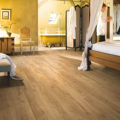 IM1848_Roble_clásico_natural_Quick_Step_Impressive_Ultra_Ambiente