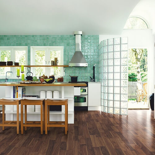 L0301-01471_Nogal_Elegant_Classic_Plank_Tarima_Pergo_Ambiente