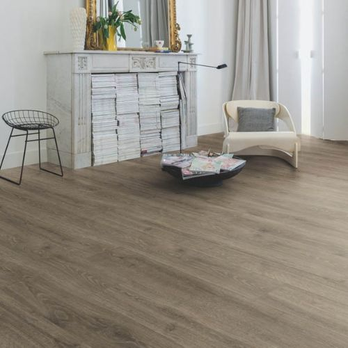 MJ3548_Roble_bosque_marrón_Quick_Step_Majestic_Ambiente