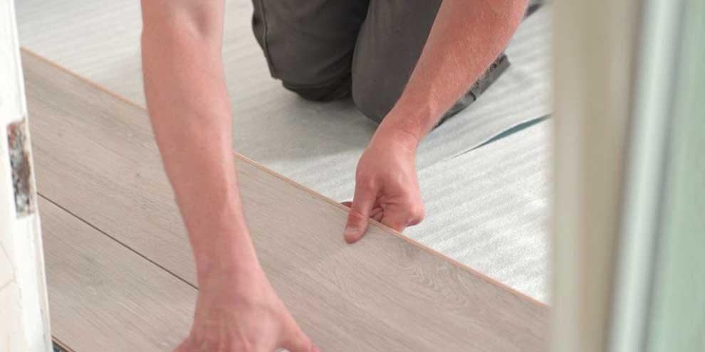 Se-puede-instalar-suelo-laminado-sobre