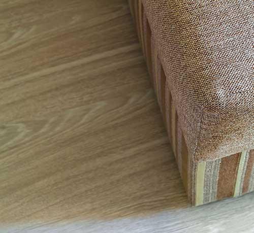 suelo-laminado-beige